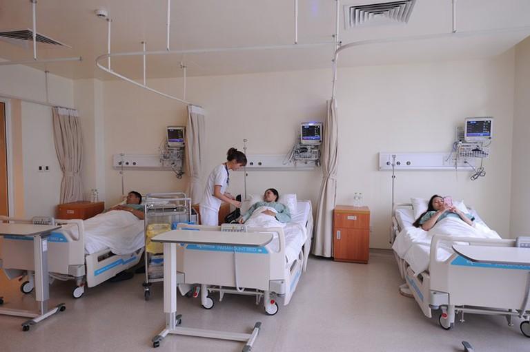 Hướng dẫn thủ tục xuất nhập viện tại Bệnh viện Xương khớp Quân dân 102