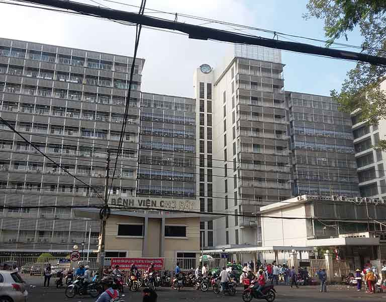 Bệnh viện Chợ Rẫy có thể thực hiện mổ nội soi và mổ hở cho bệnh nhân