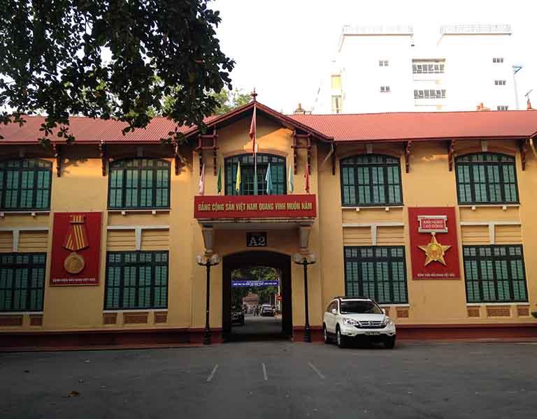Bệnh viện Việt Đức có thể thực hiện nhiều phương pháp phẫu thuật thoát vị đĩa đệm
