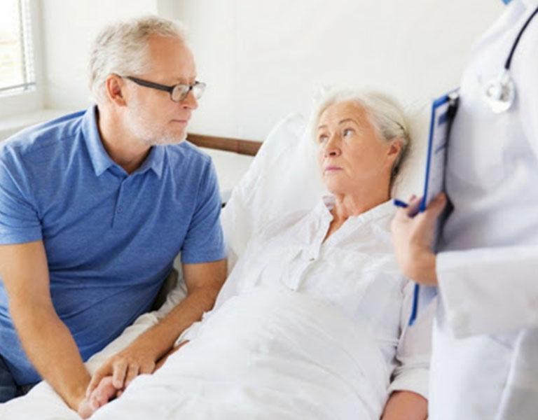 Nếu không được điều trị kịp thời bệnh có thể dẫn tới biến chứng liệt nửa người