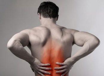 Đau lưng giữa (đau giữa lưng) là dấu hiệu bệnh gì?