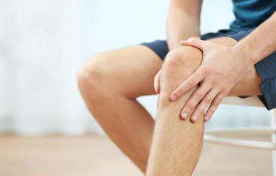Thoái hóa khớp là nguyên nhân phổ biến khiến nhiều người bị đau đầu gối