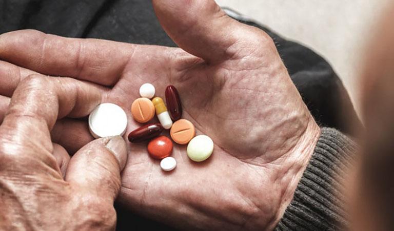 Uống thuốc gì điều trị đau dây thần kinh liên sườn hiệu quả?