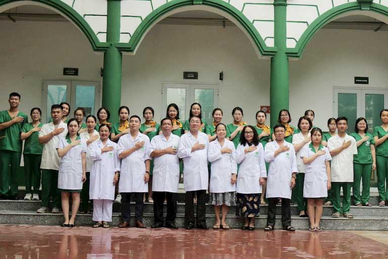 Đội ngũ y bác sĩ giỏi chuyên môn, giàu kinh nghiệm tại Bệnh viện YHCT Xương khớp Quân dân 102