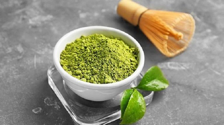 Bột quế, bột trà xanh cho hiệu quả khá tốt khi điều trị đau nhức xương khớp