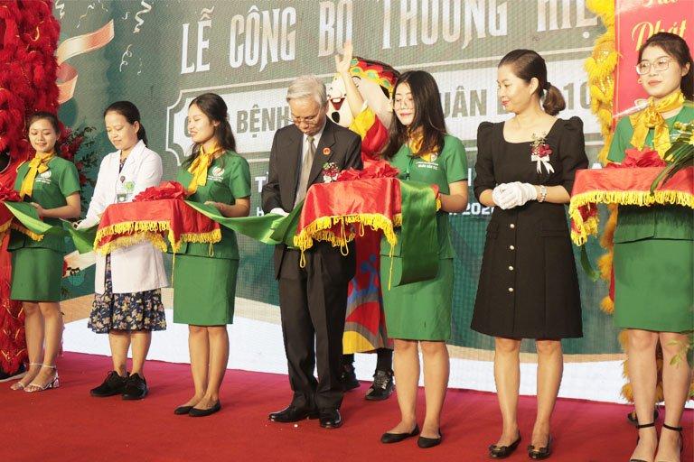 Lễ công bố thương hiệu CTCP Bệnh viện Đa khoa YHCT Quân dân 102
