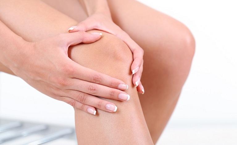 Người bệnh có thể tự massage khớp gối tại nhà để giảm đau