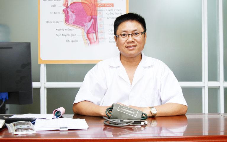 Lương y Phùng Hải Đăng chữa xương khớp với hơn 20 năm kinh nghiệm điều trị bệnh xương khớp