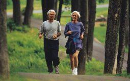 thoái hóa cột sống có nên chạy bộ không
