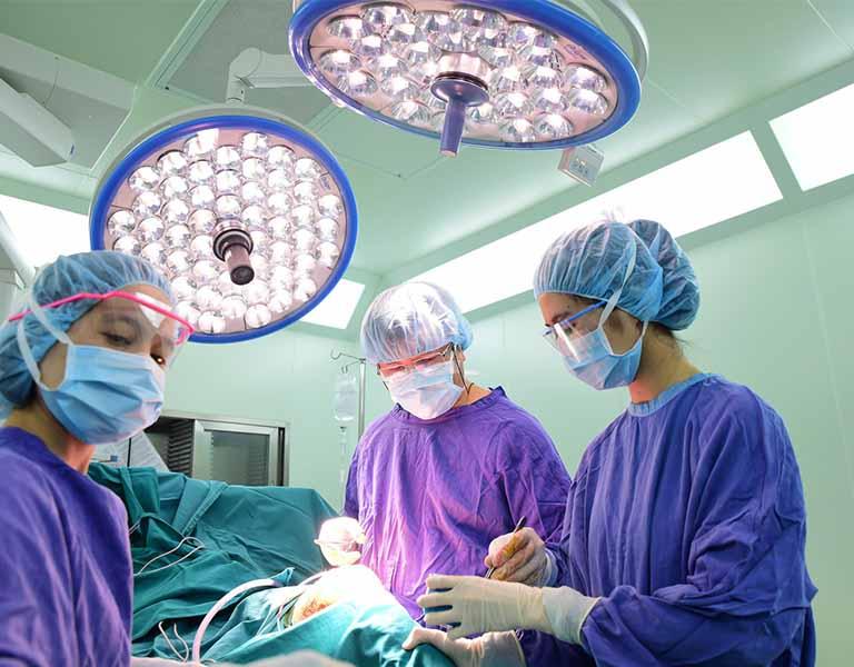 Bệnh nhân nặng sẽ được chỉ định phẫu thuật
