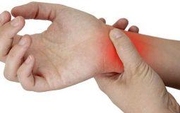 Top 14 cách chữa đau khớp cổ tay tại nhà đơn giản mà hiệu quả