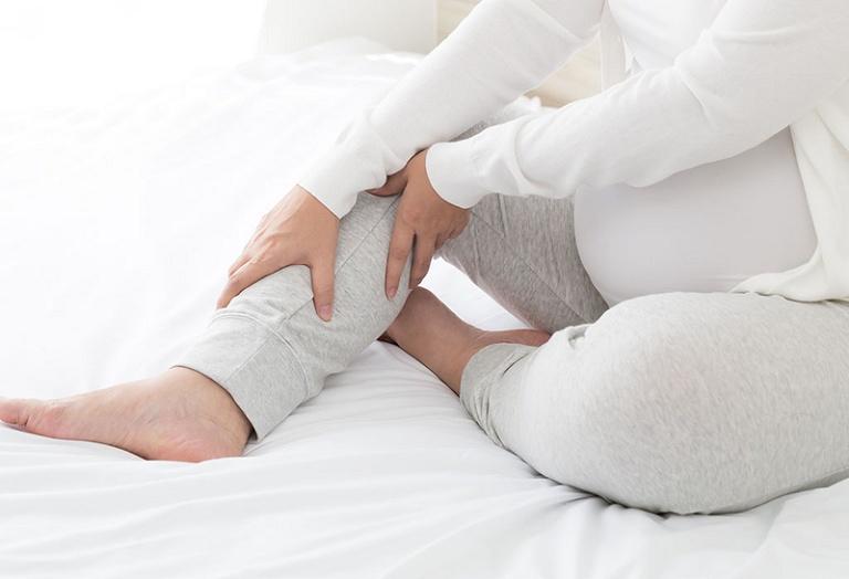 Phụ nữ mang thai là đối tượng bị thấp khớp phổ biến nhất