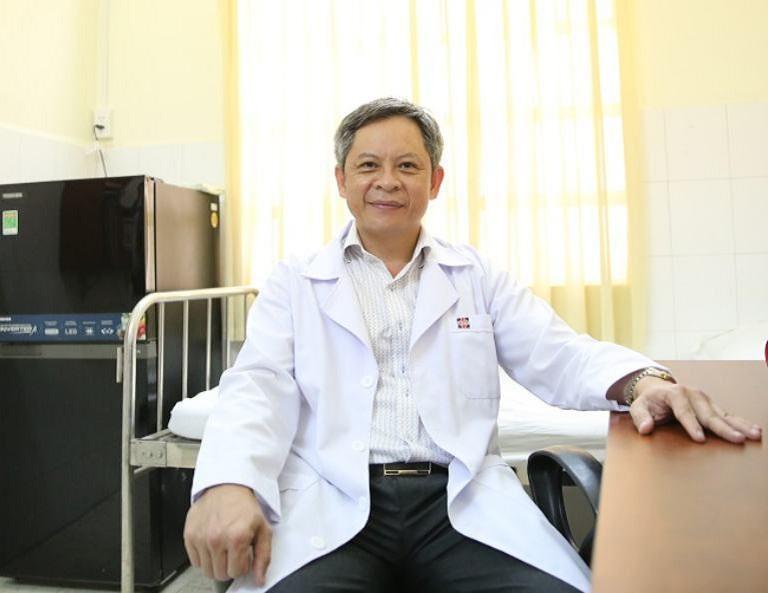 Bác sĩ Tăng Hà Nam Anh sở hữu hơn 30 năm hoạt động trong lĩnh vực chăm sóc, điều trị các bệnh lý về cơ xương khớp