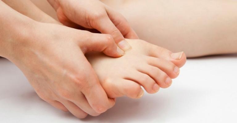 Đau chân là dấu hiệu nhận biết bệnh phổ biến