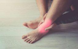 3 cách điều trị viêm khớp cổ chân hiệu quả [Chuyên gia tư vấn]