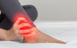 Đau khớp cổ chân không sưng là bệnh gì? Điều trị thế nào?