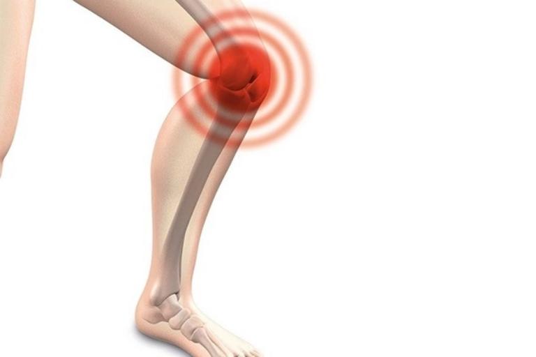 Hiện tượng đau khớp gối khi đứng lên ngồi xuống có thể là dấu hiệu của bệnh lý về xương khớp nguy hiểm
