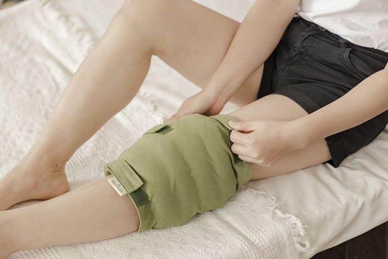 Chườm nhiệt có thể làm ức chế cơn đau tại chỗ rất hiệu quả