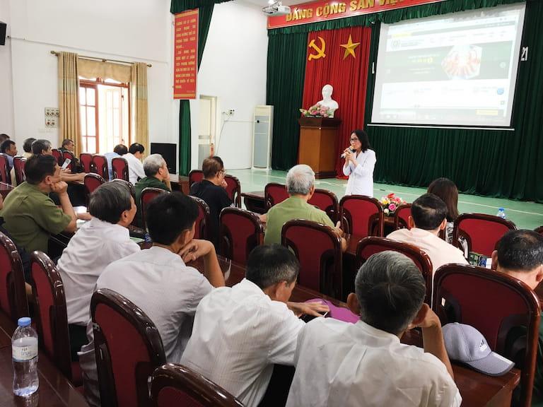 Bác sĩ Lê Phương tham gia chia sẻ và giải đáp các vấn đề về sức khỏe cho người dân