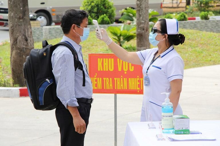 Bộ Y tế ban hành chỉ thị tăng cường phòng chống dịch bệnh COVID - 19
