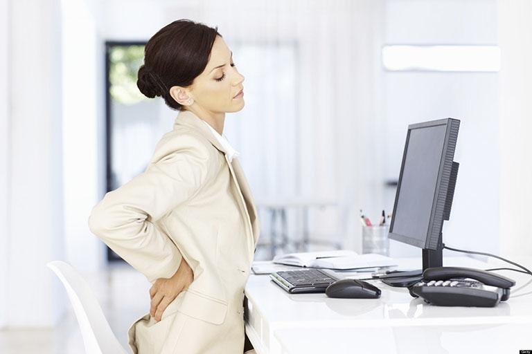 Người bệnh nên nghỉ ngơi và tránh làm việc quá sức