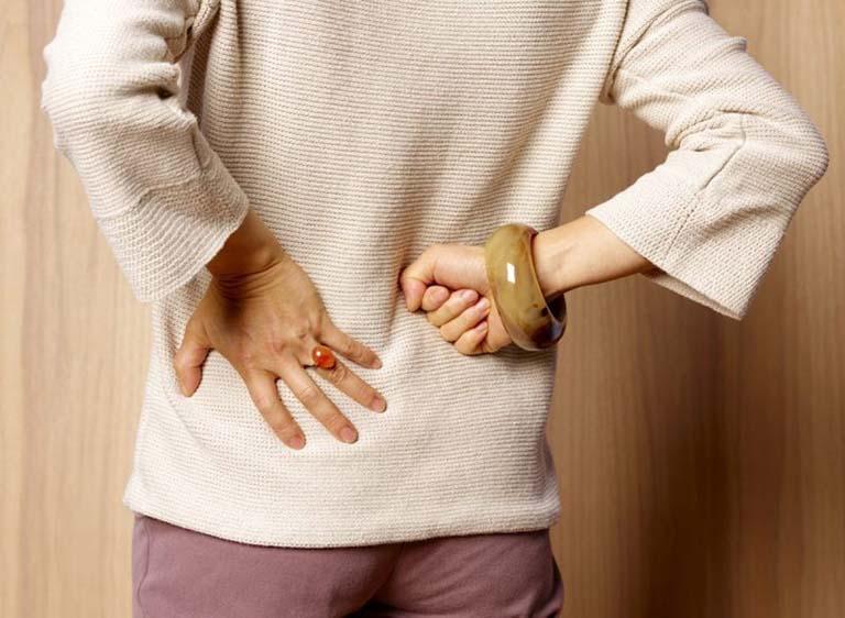 Tùy thuộc vào tình trạng bệnh mà bác sĩ sẽ áp chỉ định điều trị nội khoa hoặc ngoại khoa